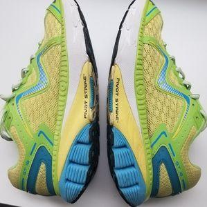 MBT Women's shoes sz 7